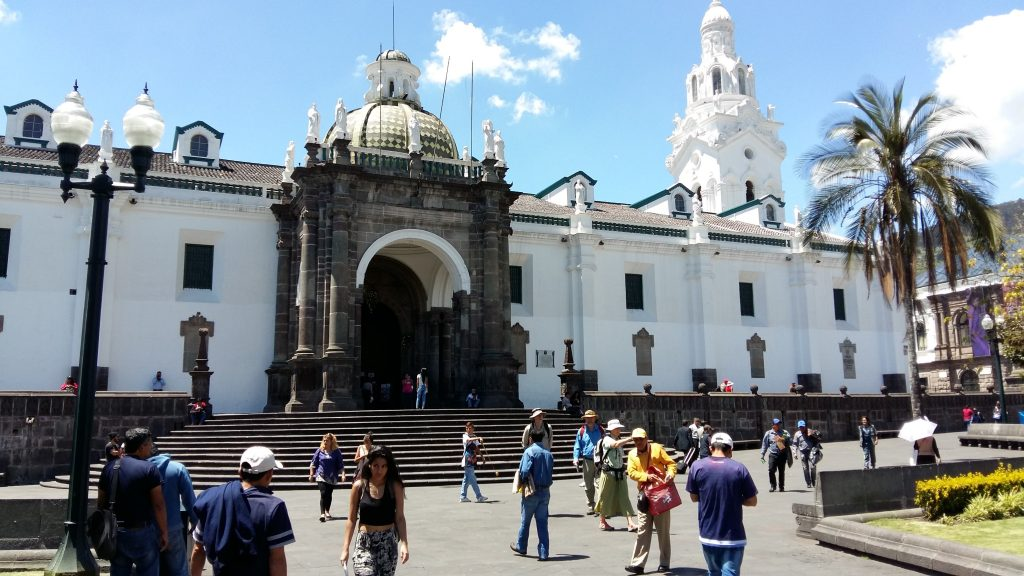 eglise-quito1
